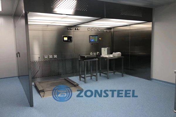 An assembled weighing room