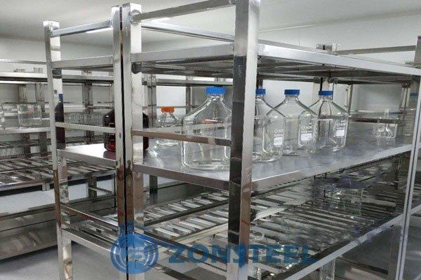 Laboratory Shelving System